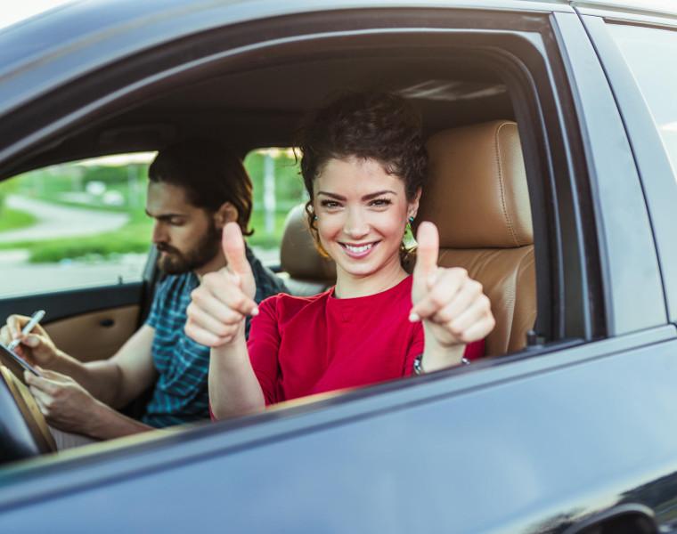 Praktische Fahrstunde mit Ihrem Fahrlehrer der Fahrschule Perl, Neukirchen